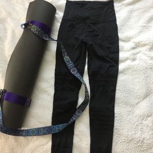 BEYOND YOGA Perforated Front Black Leggings